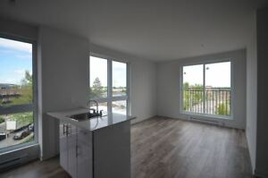 4.5-$1175-NDG-Loyola Campus-MUHC - Brand New Construction