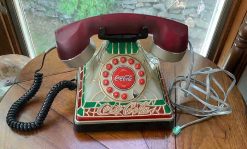 Coca Cola Stained Glass Look Light Up Telephone Landline