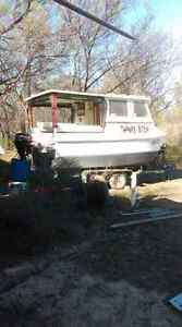 Houseboat on trailer Ingle Farm Salisbury Area Preview