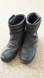 Akito Motorcycle ankle boots size 5/39