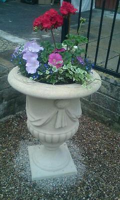 garden urn planters