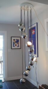 Mid Century Retro Guzzini Chrome Ball Cascading Chandelier Lamp