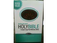 NKJV Compact Large- Print Reference Bible