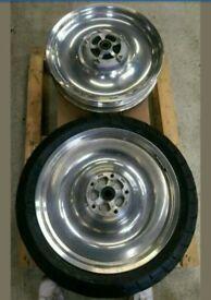 Harley Davidson v rod 2005 wheels