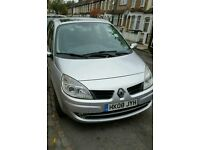 RENAULT GRAND SCENIC / AUTOMATIC / DIESEL