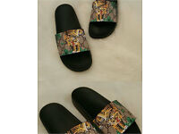 Gucci tiger sliders brand new boxed size 9 and 11