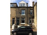 3 bedroom house in Osborne Place, Todmorden