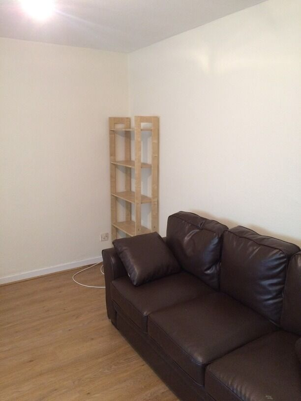 BEAUTIFUL AND SPACIOUS 2 BEDROOM STUDENT FLAT IN WEST END CLOSE TO DUNDEE UNIVERSITY (15STFA)