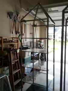 Steel shelf frames with 4 glass shelves
