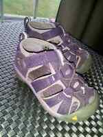 KEEN waterproof sandals - size 5