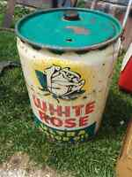White Rose oil can