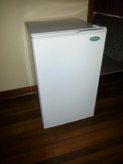 Westinghouse bar fridge 140L Morley Bayswater Area Preview