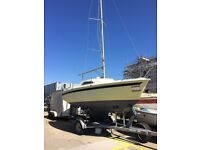 18 foot sailing boat/yacht with trailer