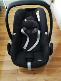 Excellent Maxci Cosi Car Seat sells for £80