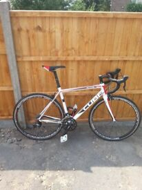 Cube peloton race ready compact road bike