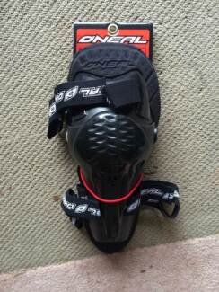 Brand new youth motorbike knee guards Dunlop Belconnen Area Preview