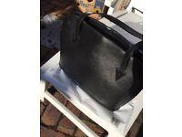 Louis Vuitton Epi Leather Lussac Black Shoulder Bag