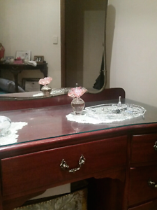 Dressing table with mirror Grange Charles Sturt Area Preview