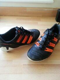 Adidas Predator Size 3 football boots