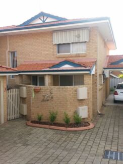 Room near Freo available now Bicton Melville Area Preview