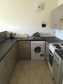 VERY NICE 5 BEDROOM STUDENT FLAT IN WEST END OF DUNDEE AND CLOSE TO UNIVERSITY OF DUNDEE (15ST1L)