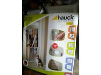 Hauck open n stop safety gate