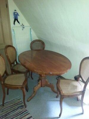 Antiker Esstisch mit 4 Stühlen  um ca. 1920
