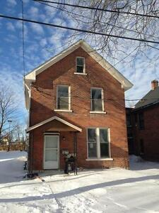 Large 7 Bedroom Student House - Only 2 rooms left!