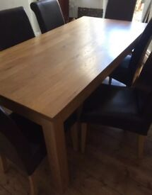 Oak dining / kitchen table