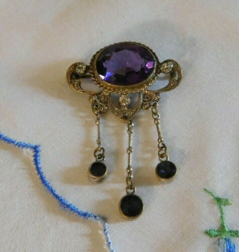Victorian Antique Purple Amethyst Glass Dangling Brooch