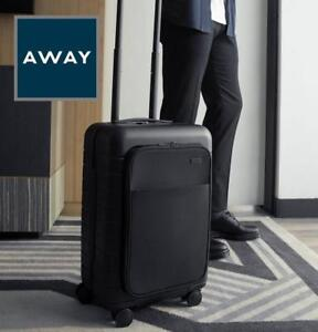 NEW AWAY BIGGER CARRY ON LUGGAGE BCOP-BLK 224909562 46L WITH POCKET AND EJECTABLE BATTERY BLACK SPINNER BAG TSA LOCK