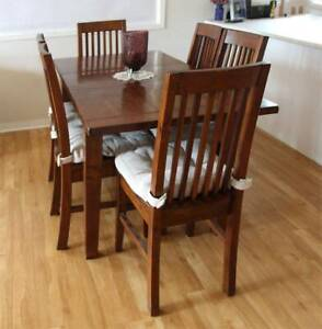 Dining table 6 seater solid wood