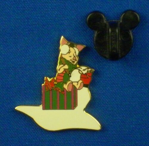 Piglet from Pooh and Friends Holiday Puzzle Boxed Set 2001 Pin # 26960