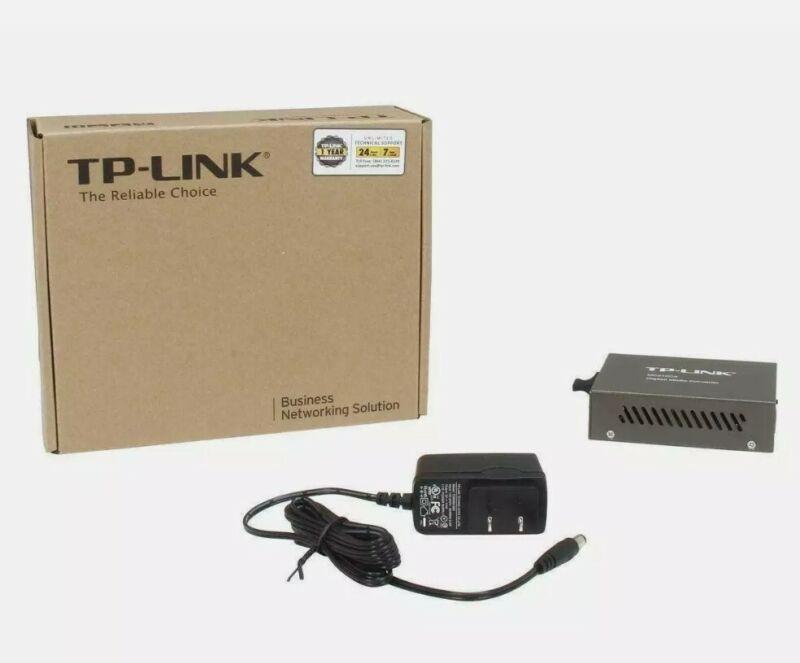 NEW TP-Link MC210CS Gigabit RJ45 to Gigabit Single-Mode SC Fiber Media Converter