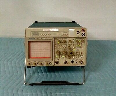Tektronix 2465a Dm 350 Mhz 4 Channel Portable Analog Oscilloscope