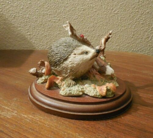 Sherratt & Simpson ~ Hedgehog & Ladybug ~ Attached Wood Stand