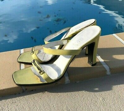 Vintage GUCCI Greenish Yellow Patent Leather Trappy Sandals 8B MADE IN ITALY