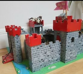 Knights Castle Wooden Fort kids toddlers