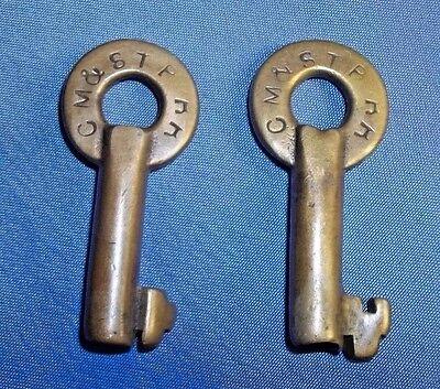 CM & St P RR Antique Brass Railroad Keys Barrel Chicago Milwaukee St Paul (Pair)