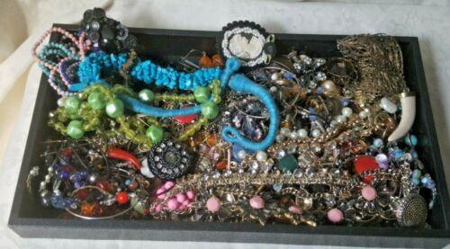 Vintage Junk Jewelry Lot Crafts Harvest Broken Single Earrings Chains Repair 1A