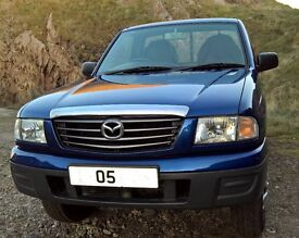Mazda pick up B2500 turbo , excellent condition ; low milage ; towbar ; AC ;