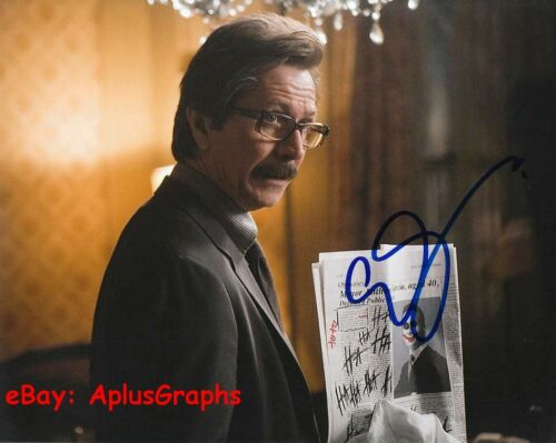 GARY OLDMAN.. The Dark Knight - SIGNED