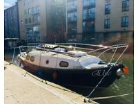 Sailing Boat & Live-aboard on Regent's Canal London