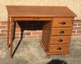 Dresser table/Desk