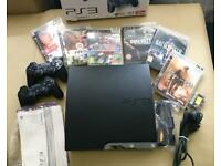 PS3 Slim 120GB + 2x controllers + games
