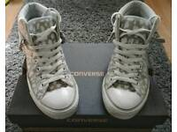 3 pairs Converse Size 10