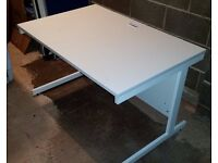 Nearly New Office desk White MDF 120x80x72 Perfect Condition