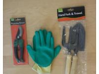 Prunning Shears + hand Forks & Trowel with free Gardening Gloves med size