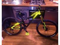 Commencal Meta V4 Full suspension bike