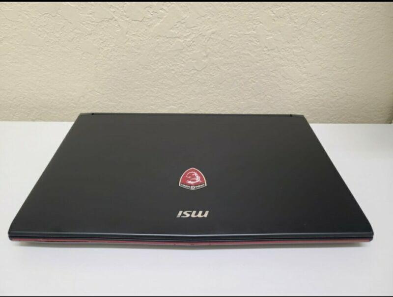 Laptop with Cerec, inLab, exo, 3shape CADCAM softwares